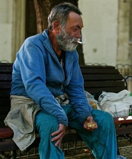 homeless_poverty_portugal_creditpedro_ribeiro_simoes_flickr