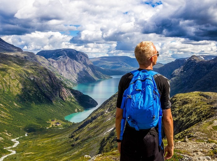 Norway takes top spot in 2017 World Happiness Report