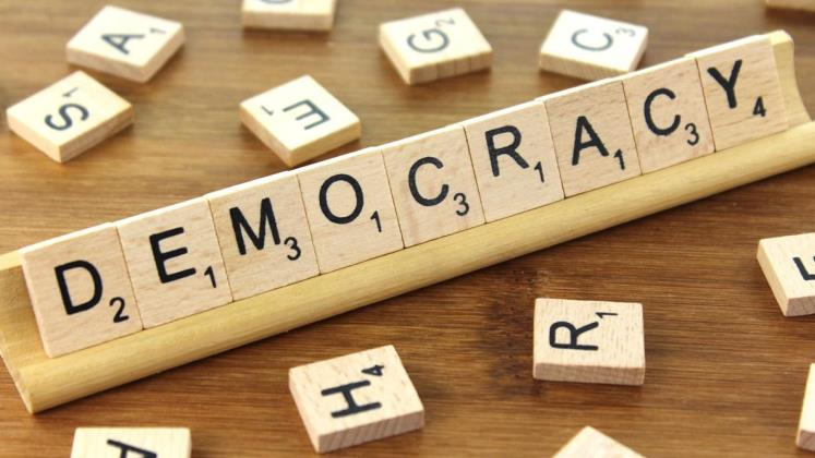democracy_747x420_CreditCC BY-SA 3.0 Nick Youngson  Alpha Stock Images