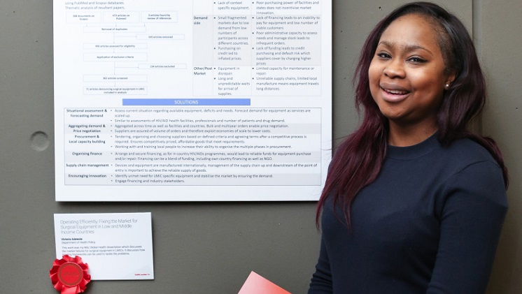 Victoria Adewole, winner of the Beveridge Prize, research competition 2018