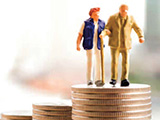 elderly-couple-on-coins-160x120