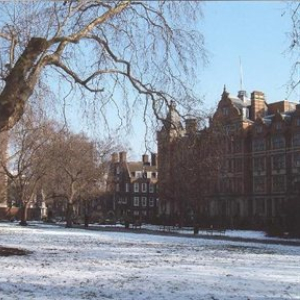 snow-scene-lincolns-inn-fields-300x300