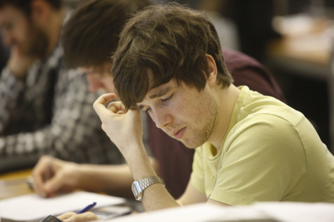 student studying lse