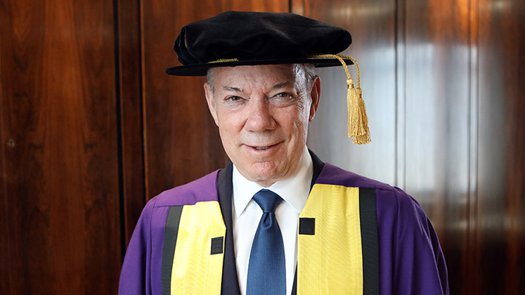 santos-honorary-doctorate-LSE-747x420