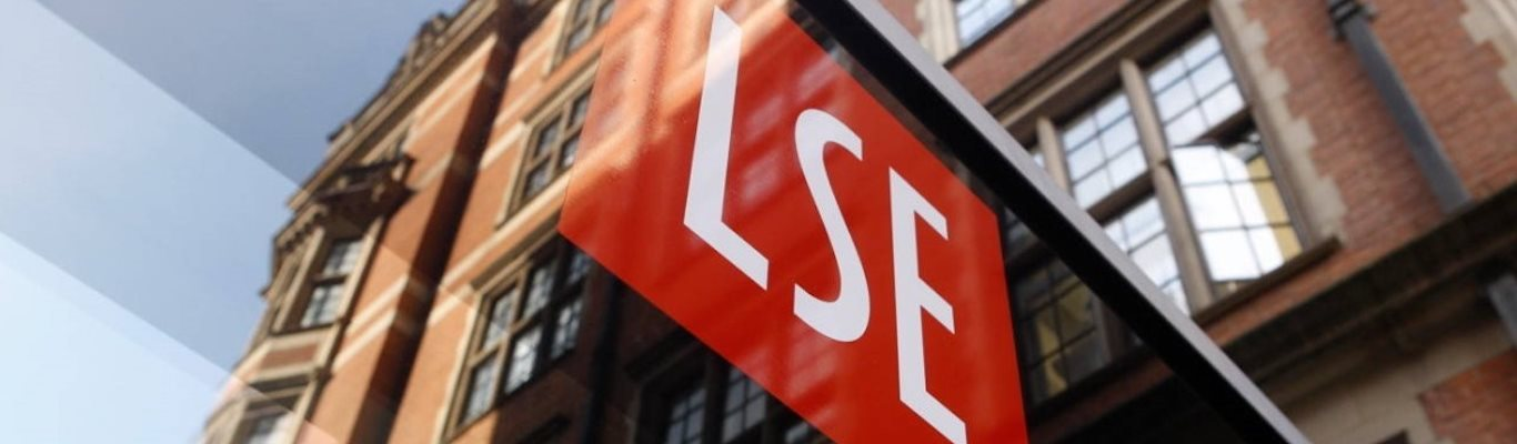 LSE-logo-and-signage-on-building
