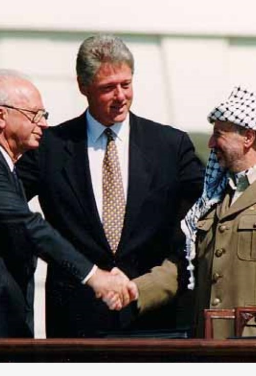 Rabin and Arafat-500-733