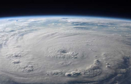 Weathering catastrophic storms: the science and philosophy of hurricane prediction