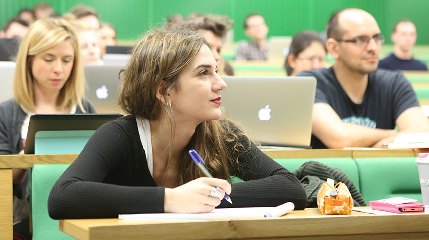 Students in a lecture in the New Academic Building