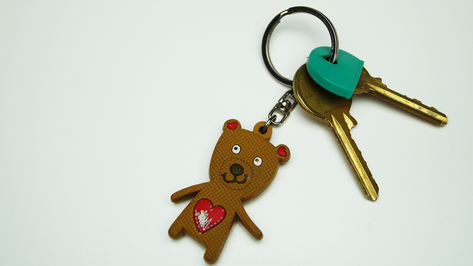 16x9_key_teddy