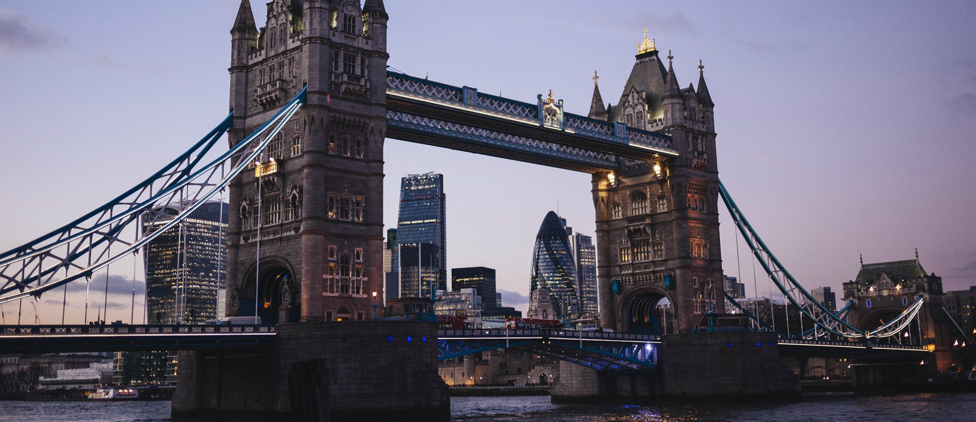 tower-bridge-1920x830