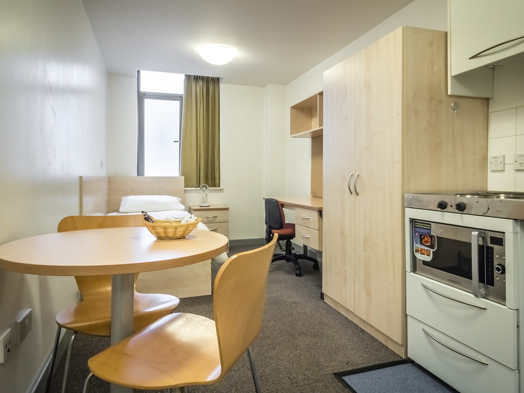 Grosvenor House Summer School Accommodation