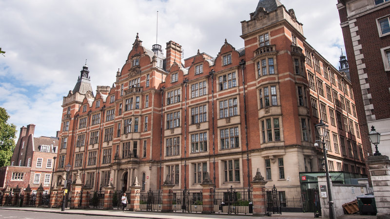 32 Lincoln's Inn Fields, LSE