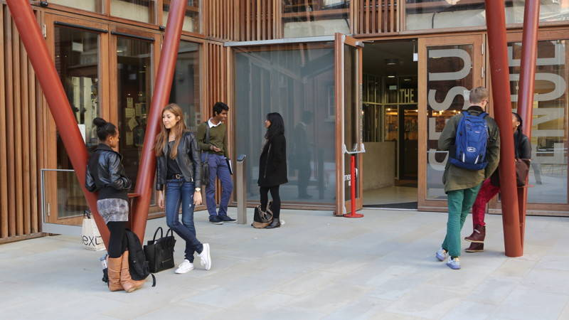 Students outside the Saw Swee Hock Building, LSE